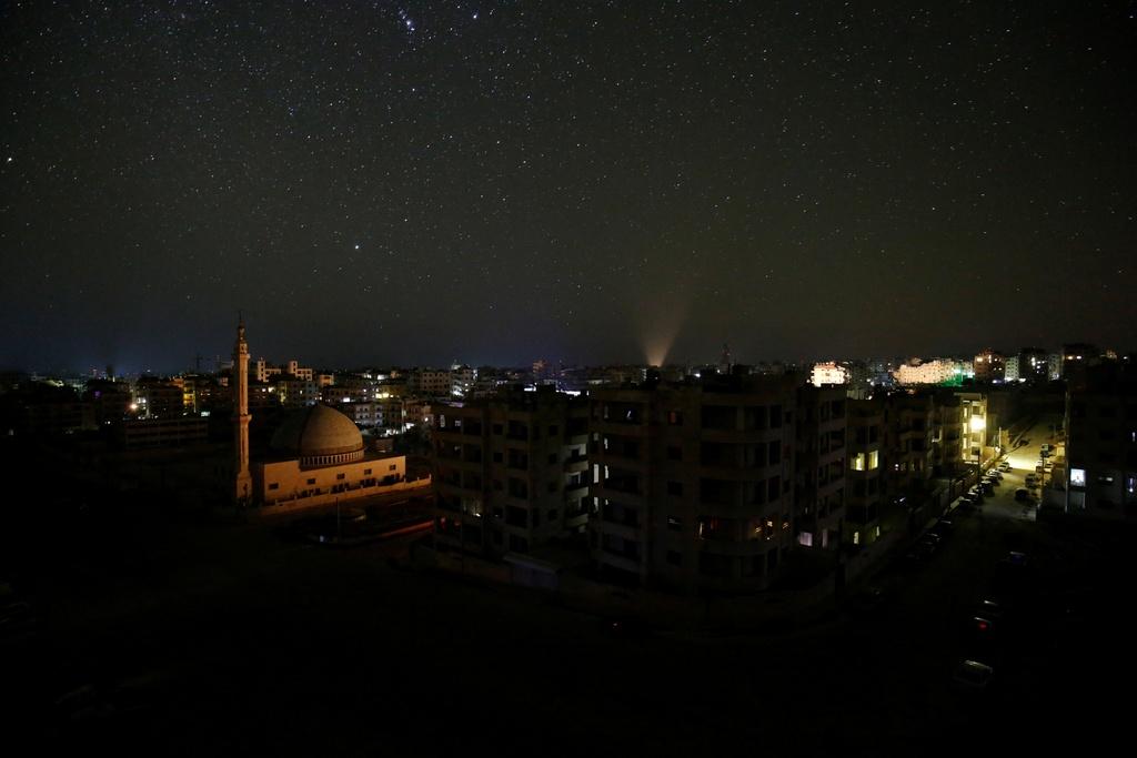 Bau troi ngan sao van sang ben tren Syria hoang tan hinh anh 7