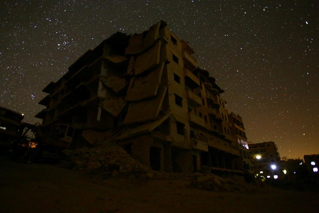 Bau troi ngan sao van sang ben tren Syria hoang tan hinh anh 6