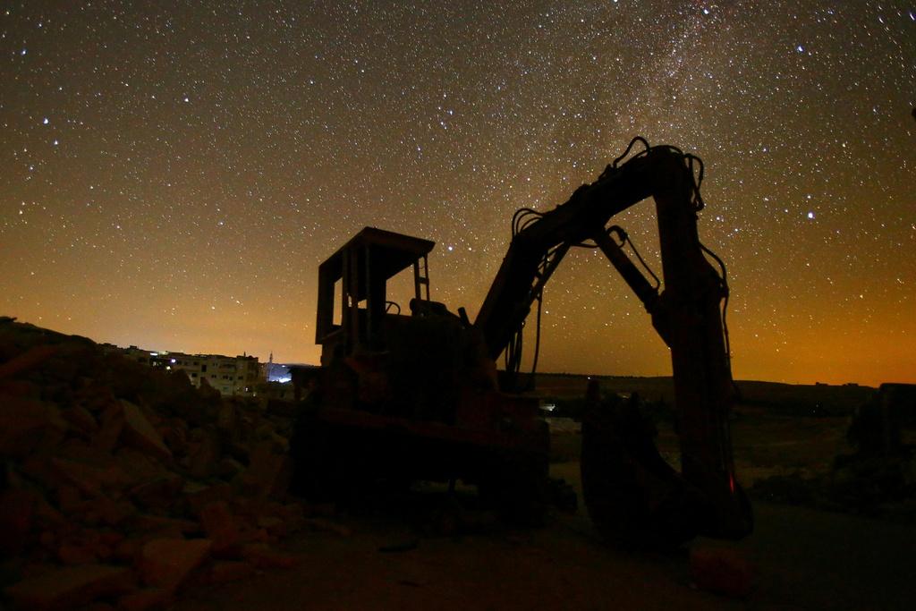 Bau troi ngan sao van sang ben tren Syria hoang tan hinh anh 8