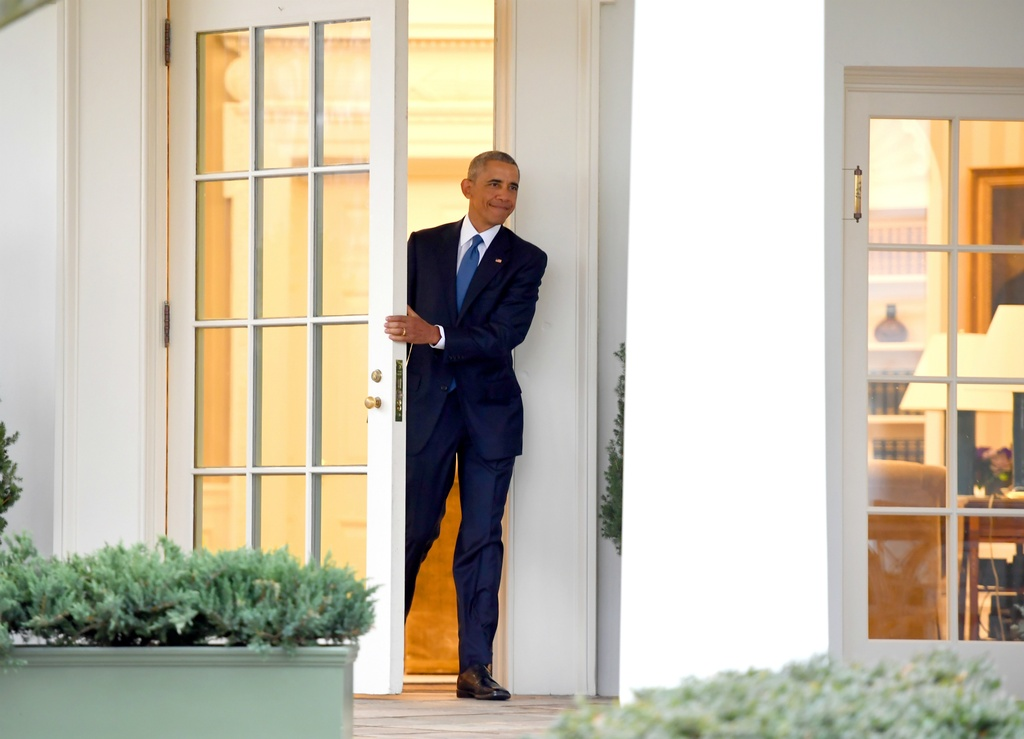 Trump toi Nha Trang, Obama chao tu biet hinh anh 6
