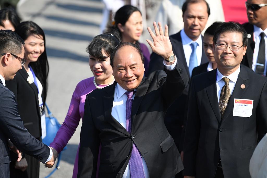 Thu tuong Nguyen Xuan Phuc du phien hop toan the Hoi nghi ASEAN hinh anh 7