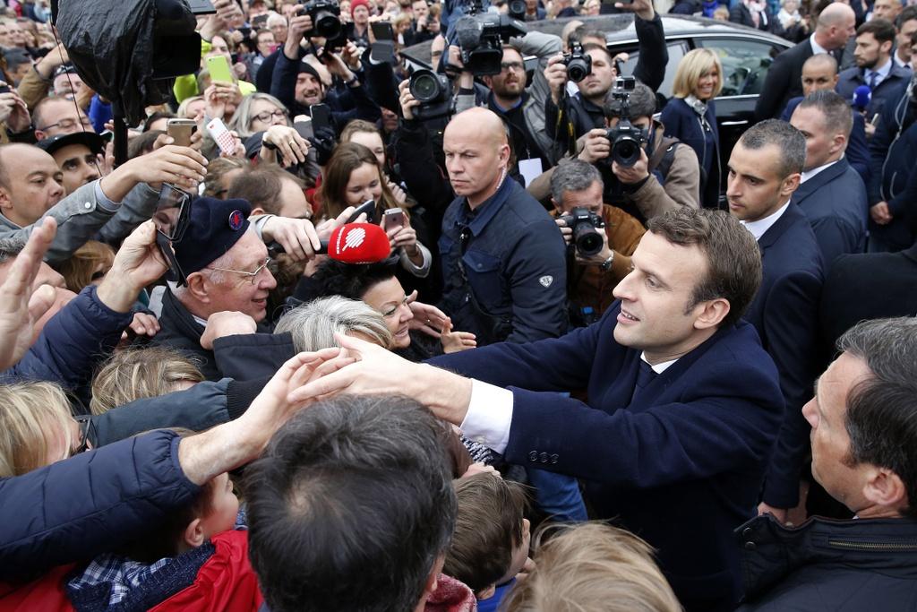 Duong toi Dien Elysee cua tong thong dac cu Macron hinh anh 6