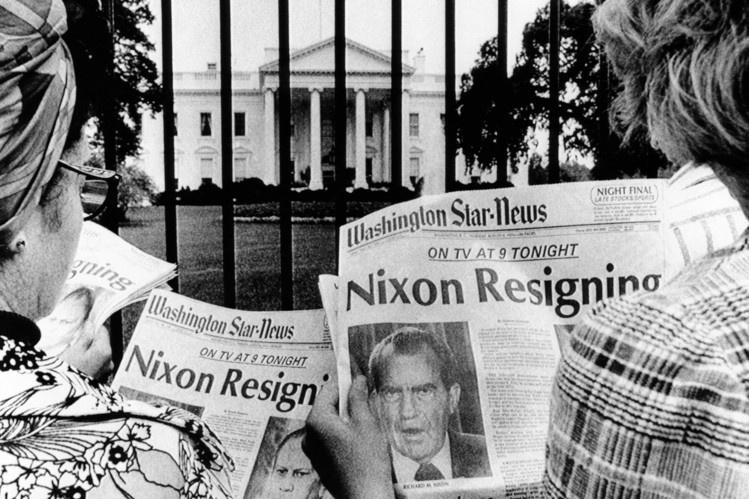Be boi Watergate: Nixon sup do, chinh tri My mai mai thay doi hinh anh 1
