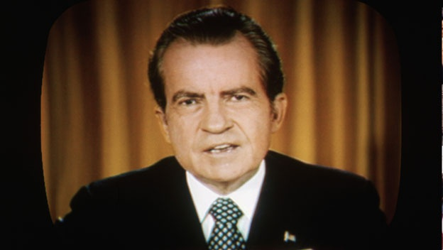 Be boi Watergate: Nixon sup do, chinh tri My mai mai thay doi hinh anh 4