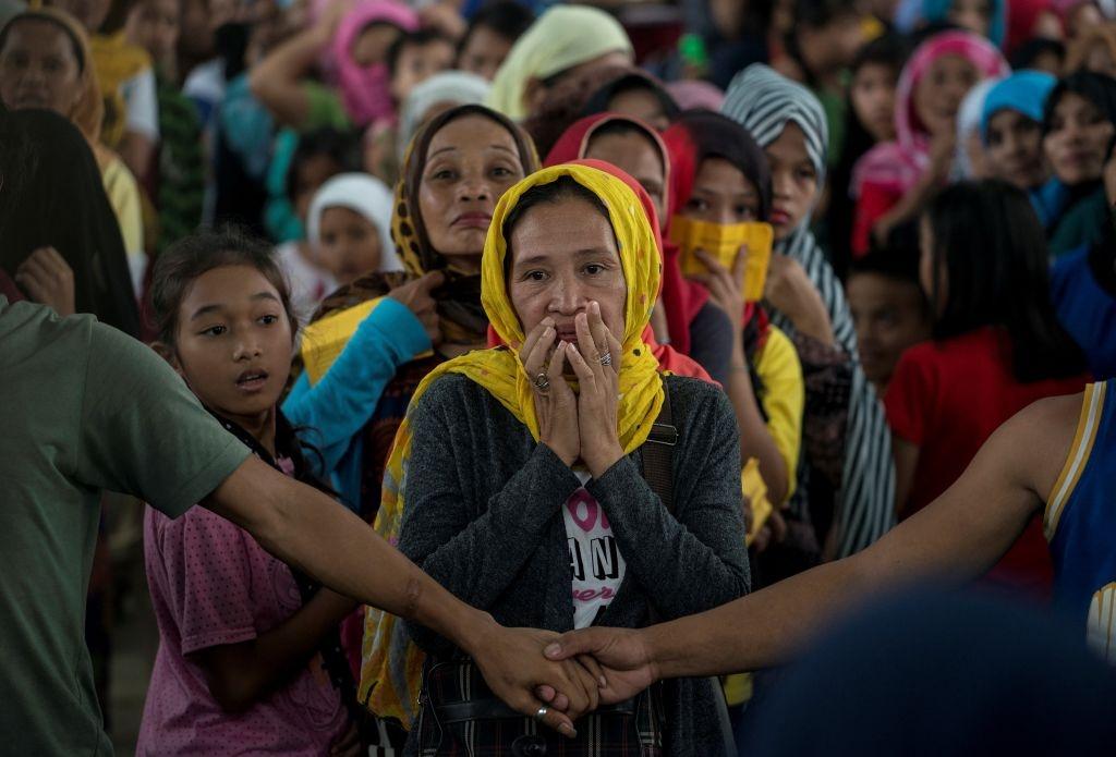 May bay My va Philippines quan thao tren bau troi Marawi hinh anh 10