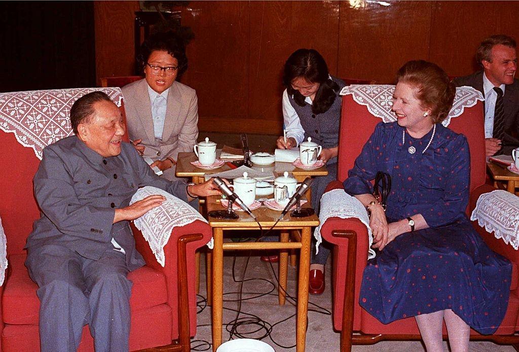 Hong Kong ve voi Trung Quoc anh 3