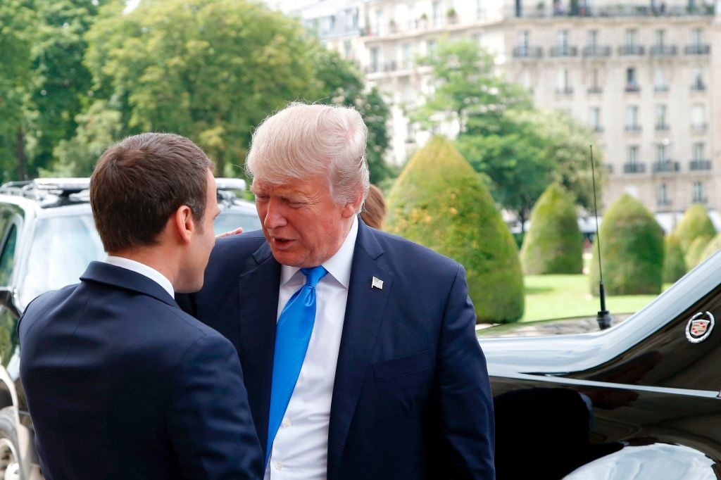 Trump gap Macron anh 1