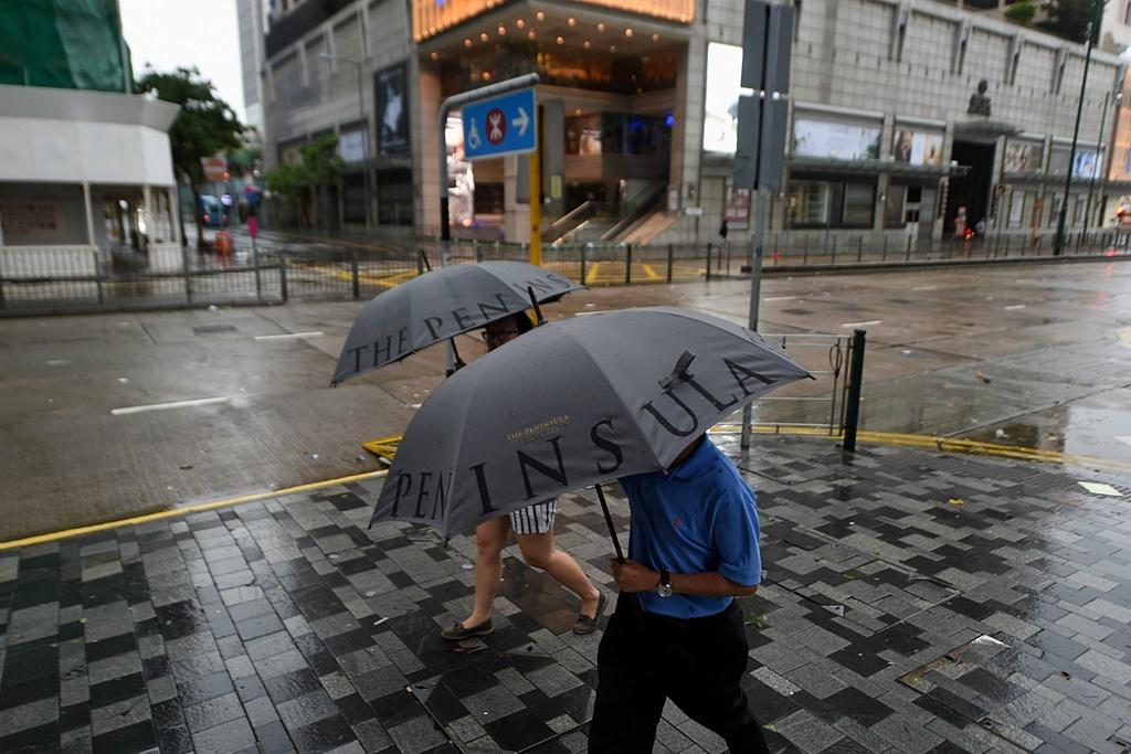 Dai khi tuong Hong Kong: Co quan 'quyen luc' nhat mua mua bao hinh anh 10