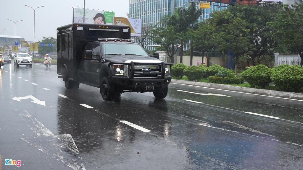 'Quai thu' cua Tong thong Trump lan banh tren duong pho Da Nang hinh anh 10