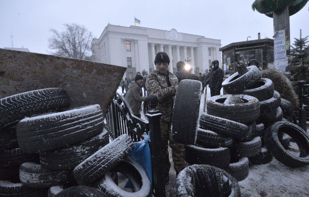 Ukraine: Nguoi bieu tinh dung leu 'giau' cuu tong thong Gruzia hinh anh 1