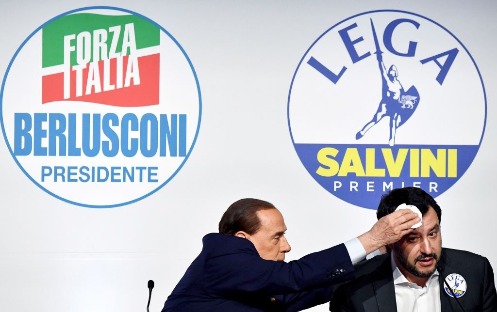 Bau cu Italy: 'Bo gia' Berlusconi tro lai va nguy co cuc huu hinh anh 4