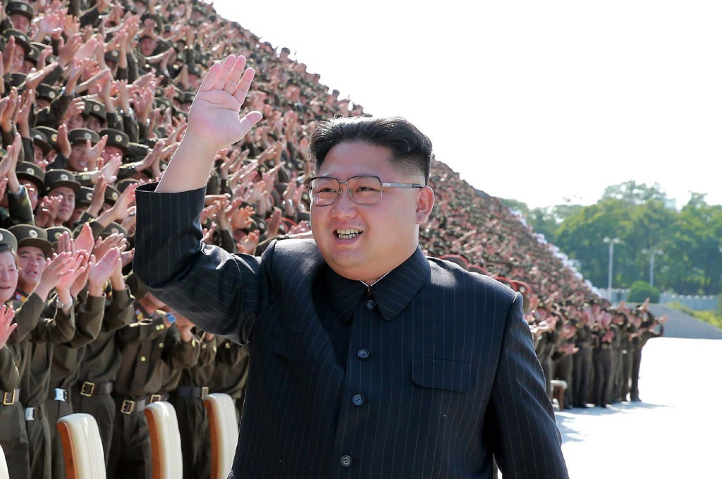 Trump gap go Kim Jong Un: Lam nhung gi nguoi tien nhiem khong the hinh anh 4