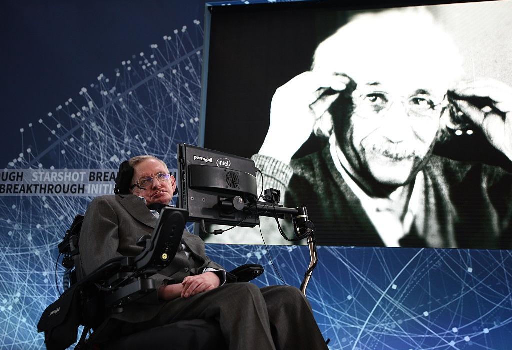 Stephen Hawking di roi, chung ta cung dung quen nhin len nhung vi sao hinh anh 3