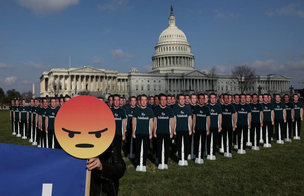 Thuong nghi si My: Dieu khoan su dung cua Facebook nhu rac hinh anh 6