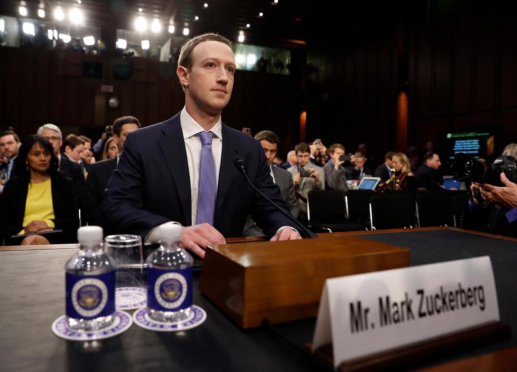 Thuong nghi si My: Dieu khoan su dung cua Facebook nhu rac hinh anh 5
