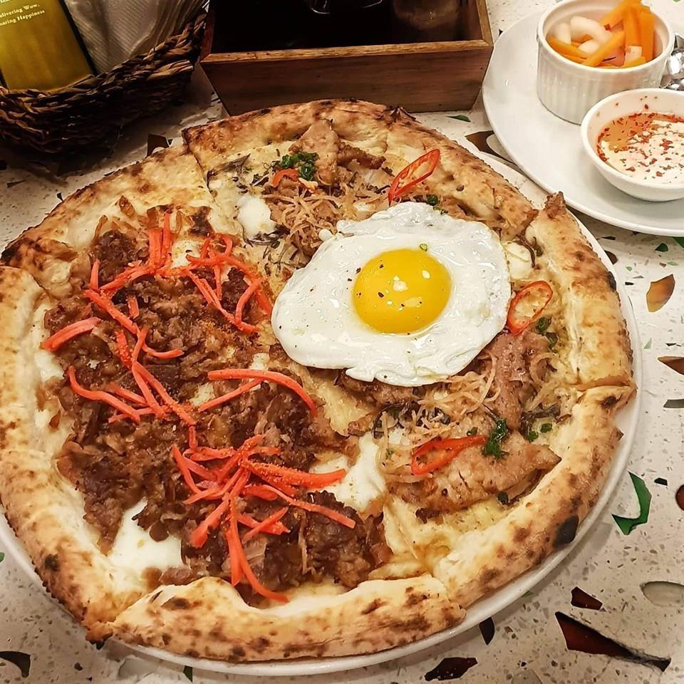Com tam va 6 mon pizza ket hop la lung tai Viet Nam hinh anh 2