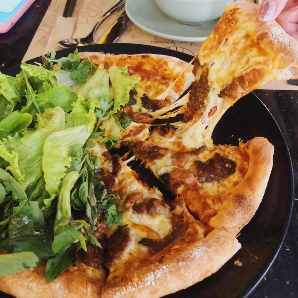 Com tam va 6 mon pizza ket hop la lung tai Viet Nam hinh anh 5