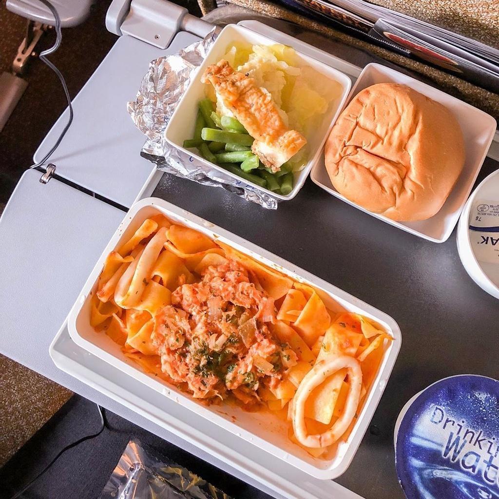 Khẩu phần ăn trên máy bay của các hãng hàng không nổi tiếng