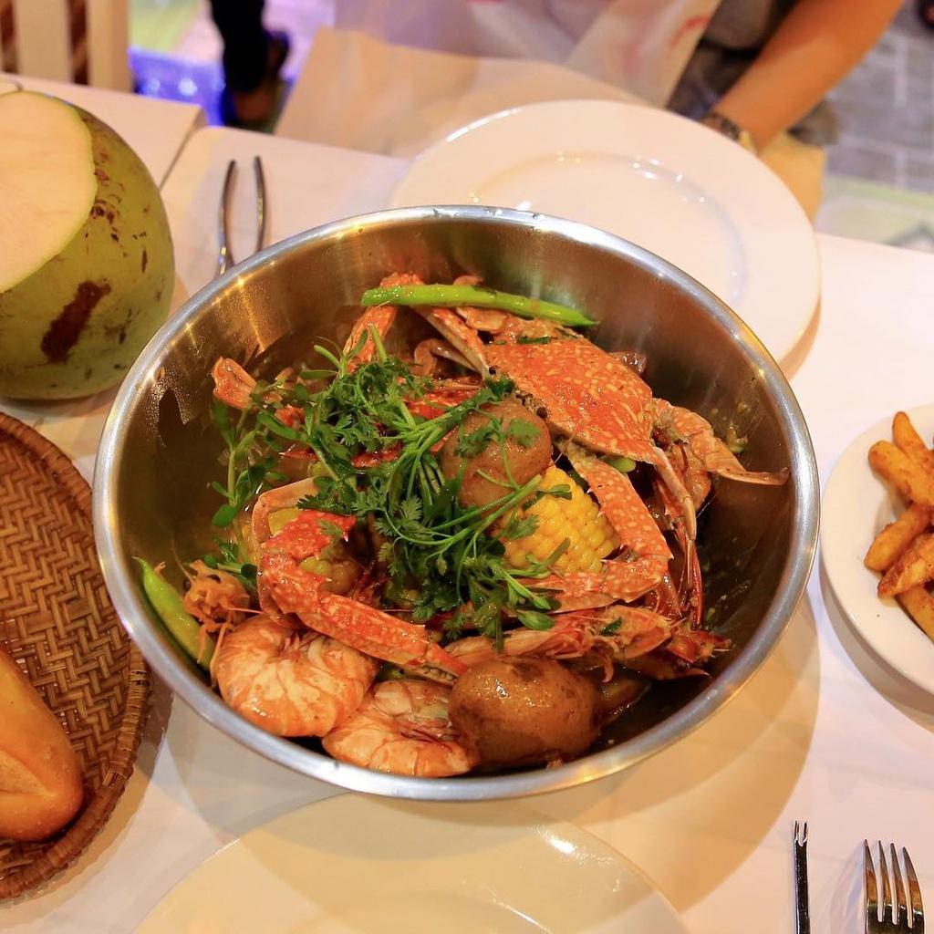 5 nha hang hai san ngon, gia ca hop ly o Phu Quoc hinh anh 12  - ghe__makiyo5241 - 5 nhà hàng hải sản ngon, giá cả hợp lý ở Phú Quốc