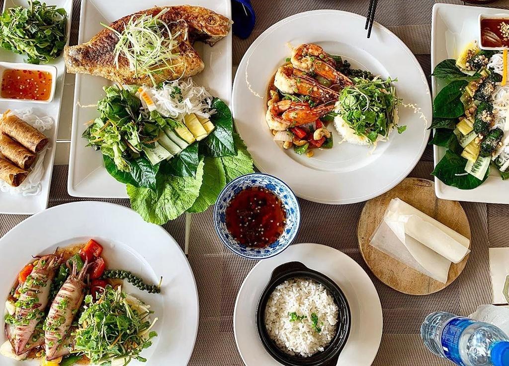 5 nha hang hai san ngon, gia ca hop ly o Phu Quoc hinh anh 17  - retrest__tj_hakdog - 5 nhà hàng hải sản ngon, giá cả hợp lý ở Phú Quốc
