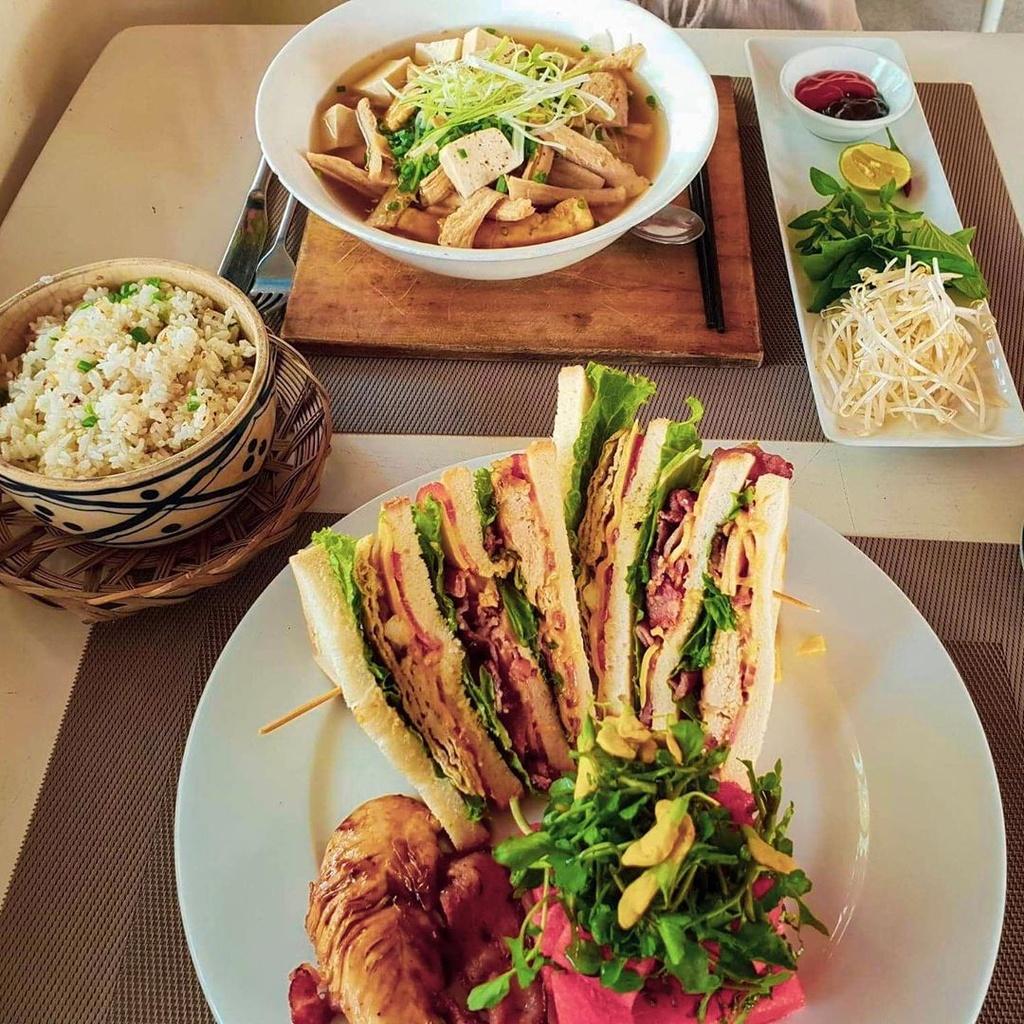 5 nha hang hai san ngon, gia ca hop ly o Phu Quoc hinh anh 18  - retrest__whatsthegofortomorrow - 5 nhà hàng hải sản ngon, giá cả hợp lý ở Phú Quốc