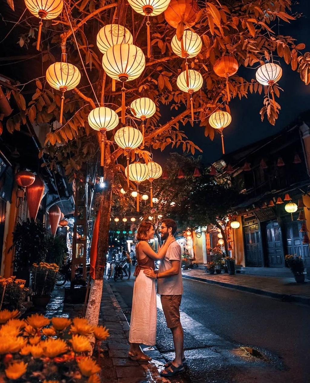 Don mua yeu ngot ngao tai cac diem du lich trong nuoc hinh anh 8 hoian.jpg  - hoian - Đón mùa yêu ngọt ngào tại các điểm du lịch trong nước