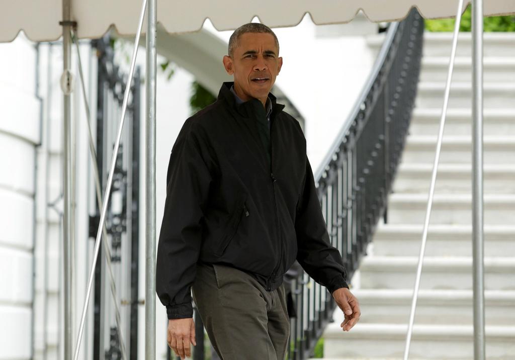 Tong thong Obama roi Washington, len duong toi Viet Nam hinh anh 1