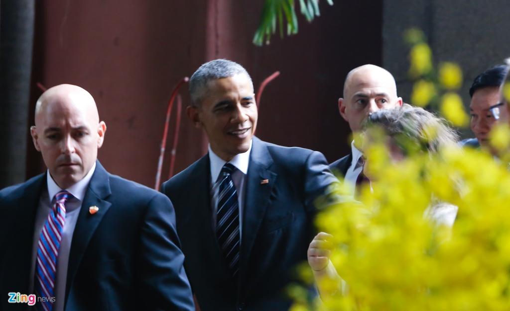 Tong thong Obama tham chua Ngoc Hoang o Sai Gon hinh anh 7