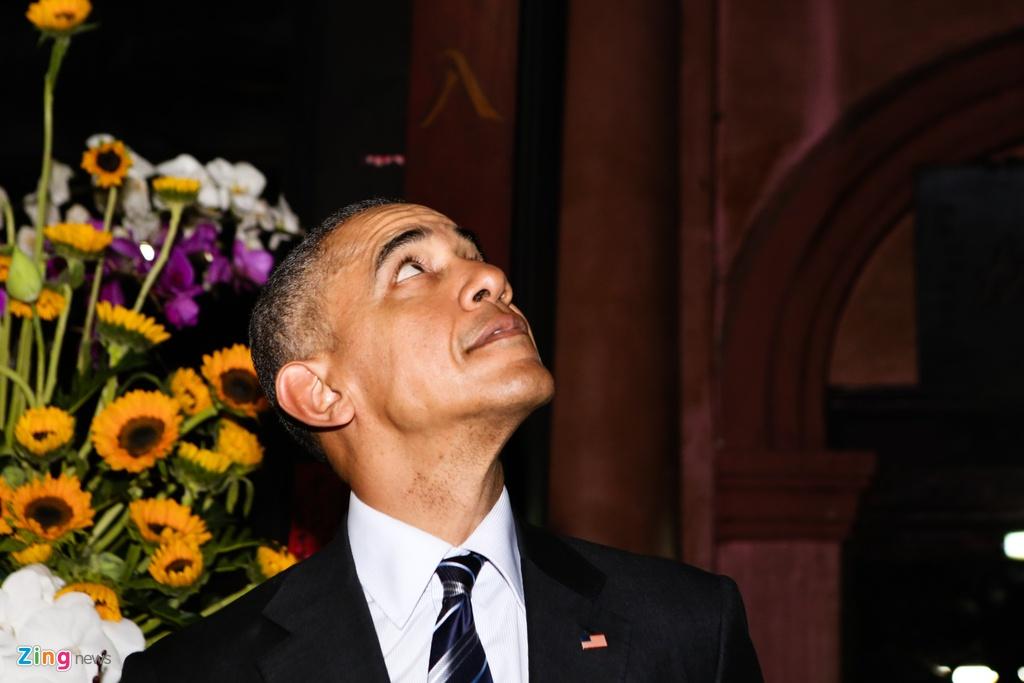 Tong thong Obama tham chua Ngoc Hoang o Sai Gon hinh anh 3