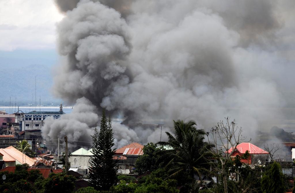Philippines tha bom tieu diet phien quan anh 7