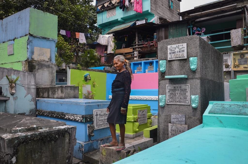 Cuoc song tai khu o chuot o cac nghia trang Philippines hinh anh 2