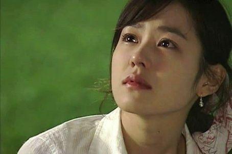 Nhan sac tinh dau quoc dan Son Ye Jin qua thoi gian hinh anh 5 simt4fmlsjopspms.jpg