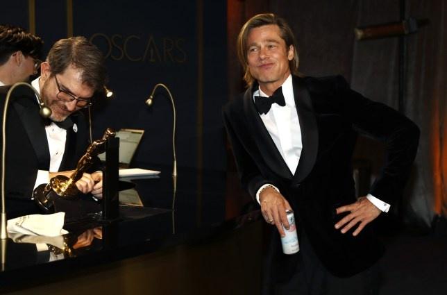 Brad Pitt om hon ban be tai tiec Oscar 2020 hinh anh 9 PRI_136231832.jpg