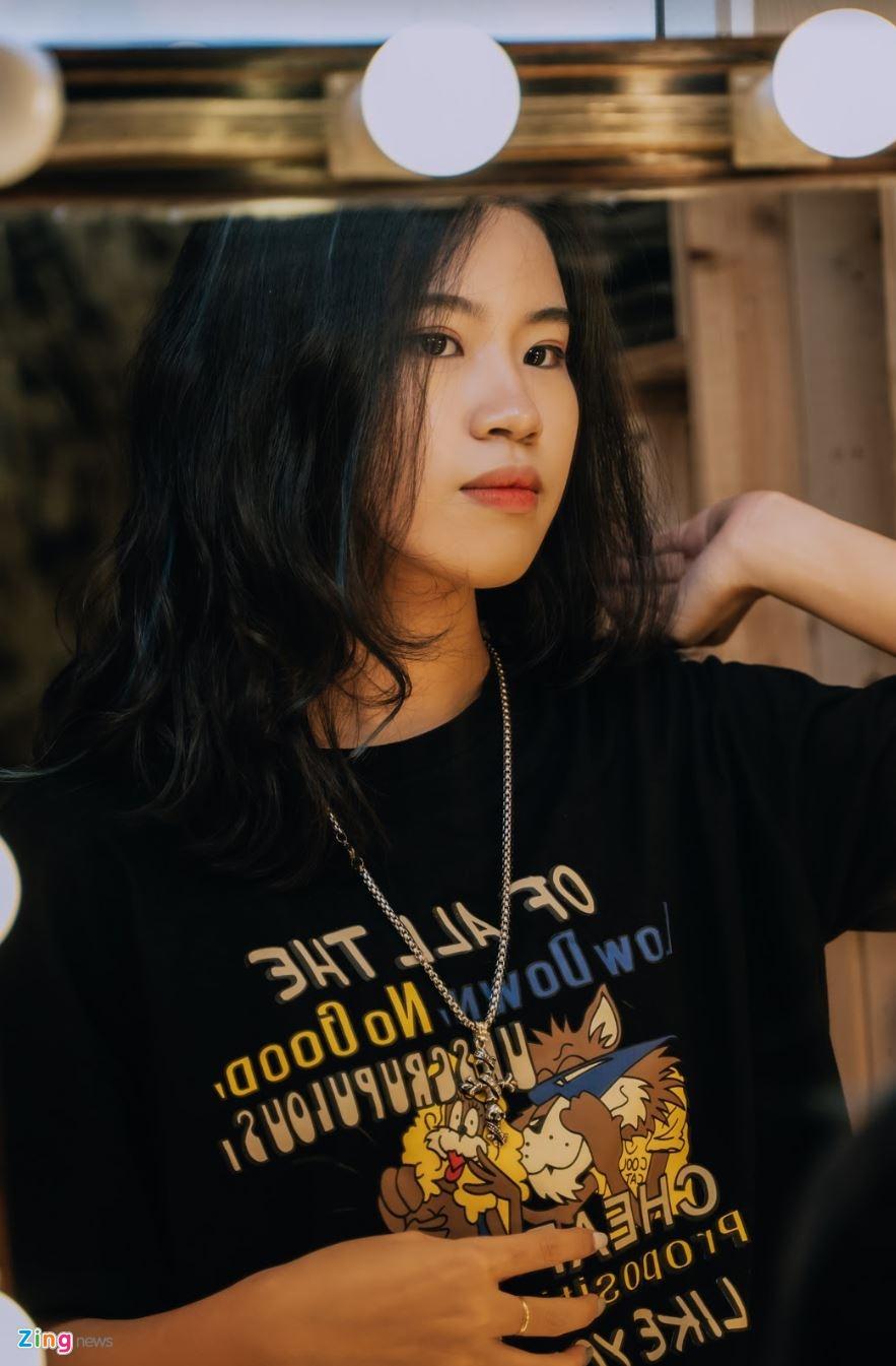 Nu sinh 10X sang tac 'Hai phut hon' co ban trai la rapper hinh anh 13 phao12_zing.JPG