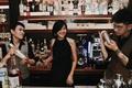 nu bartender anh 15