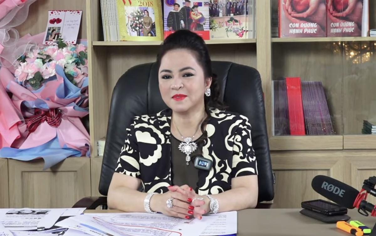 hien tuong Nguyen Phuong Hang anh 4