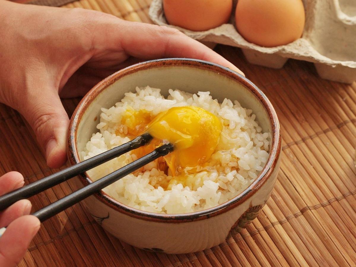 Chùm ảnh: Loạt món ăn chứng tỏ độ cuồng trứng sống của người Nhật Bản