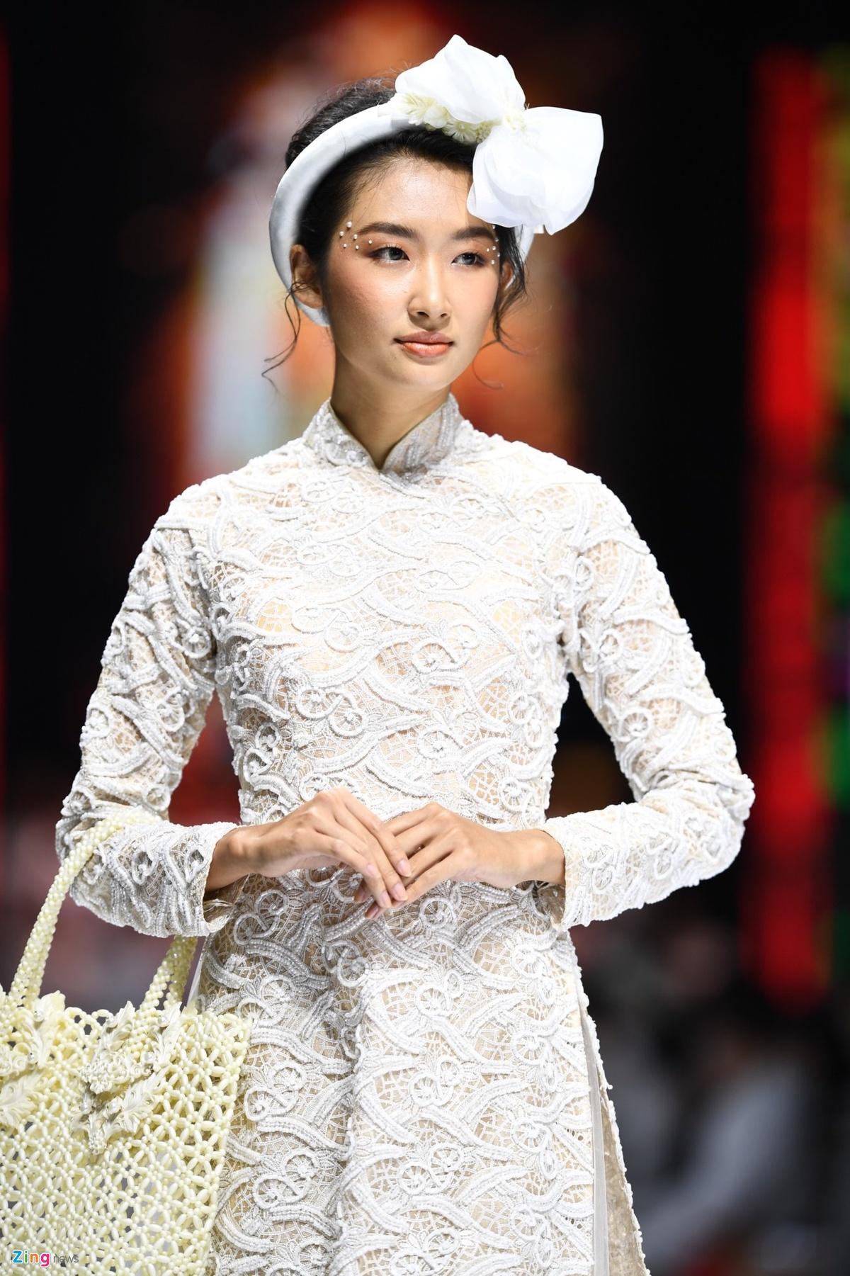 NTK Minh Chau anh 14