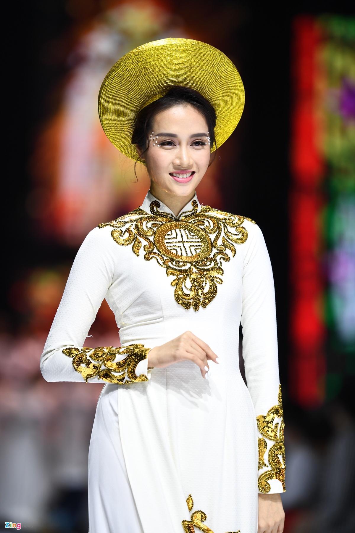 NTK Minh Chau anh 16