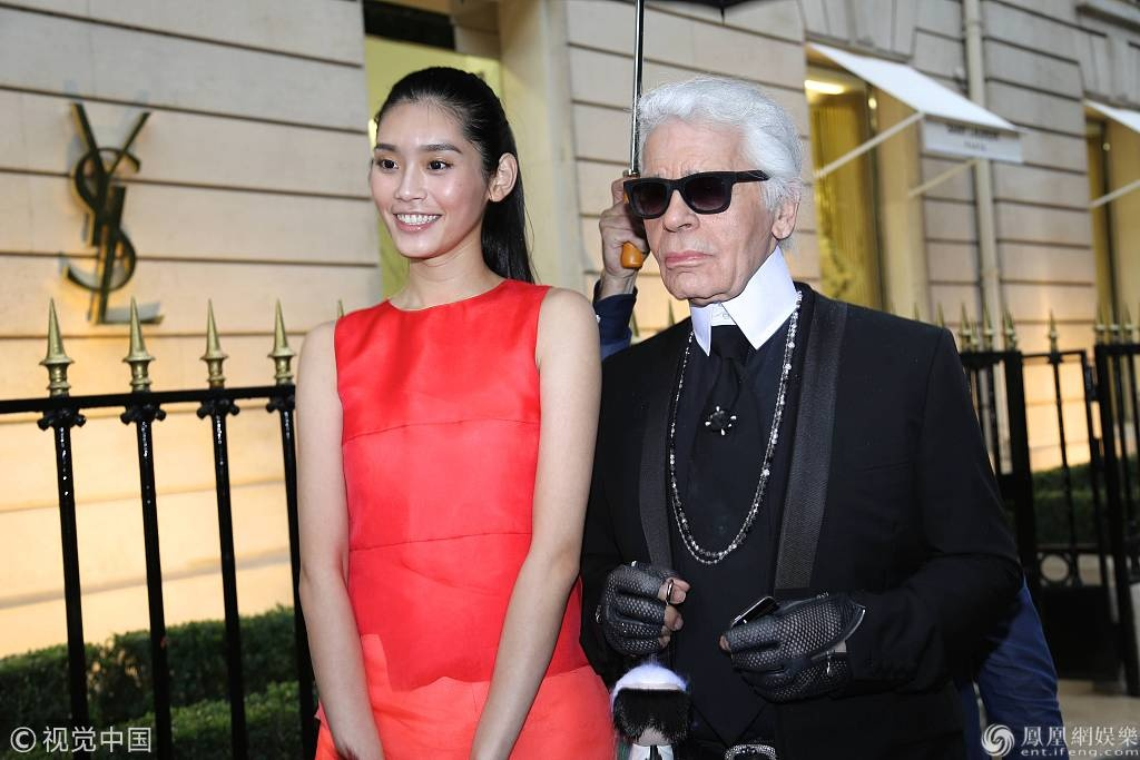 Karl Lagerfeld tung sung ai nhung my nhan Trung Quoc nao? hinh anh 4