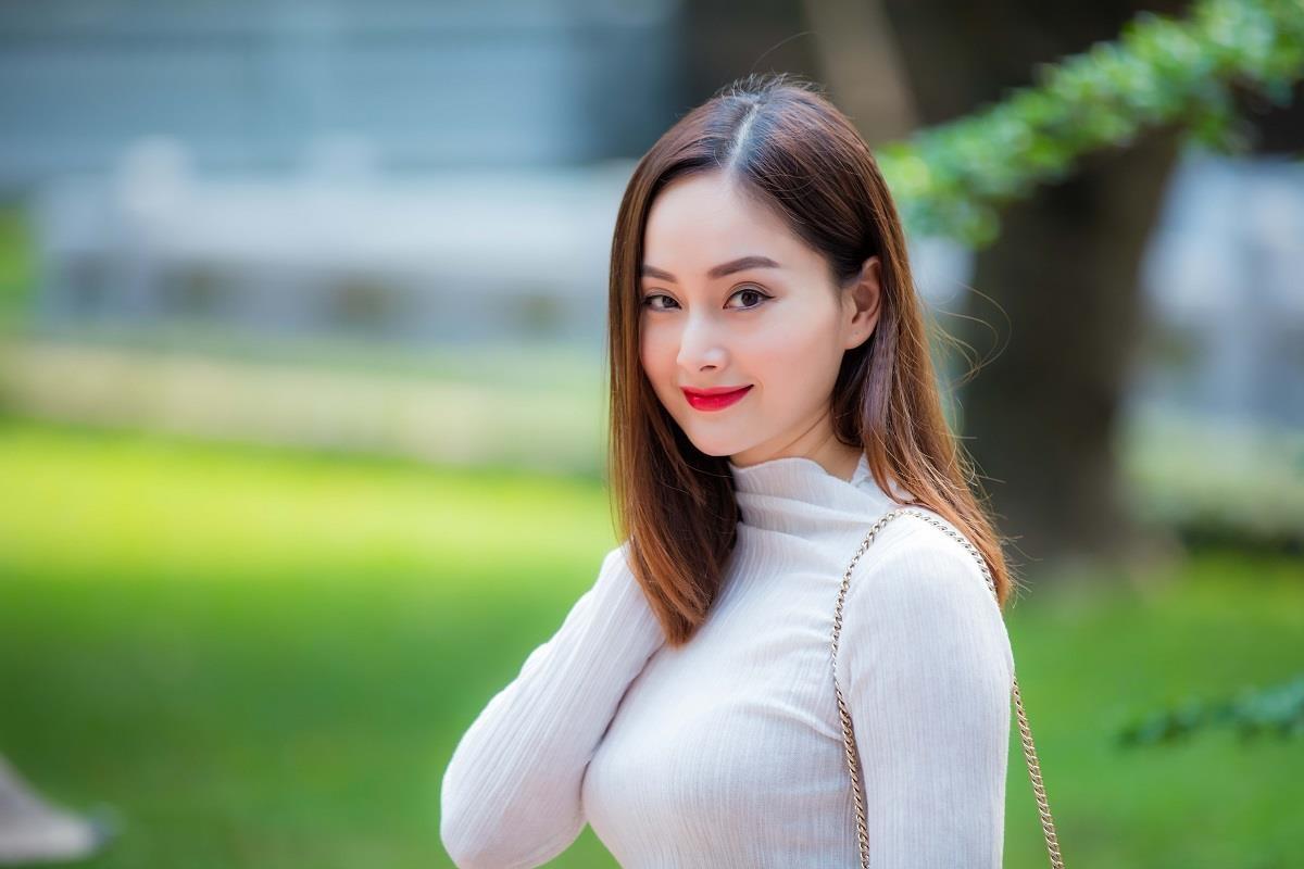Phat ngon 'showbiz mien Nam luon chieu tro' cua Lan Phuong co sai? hinh anh 3