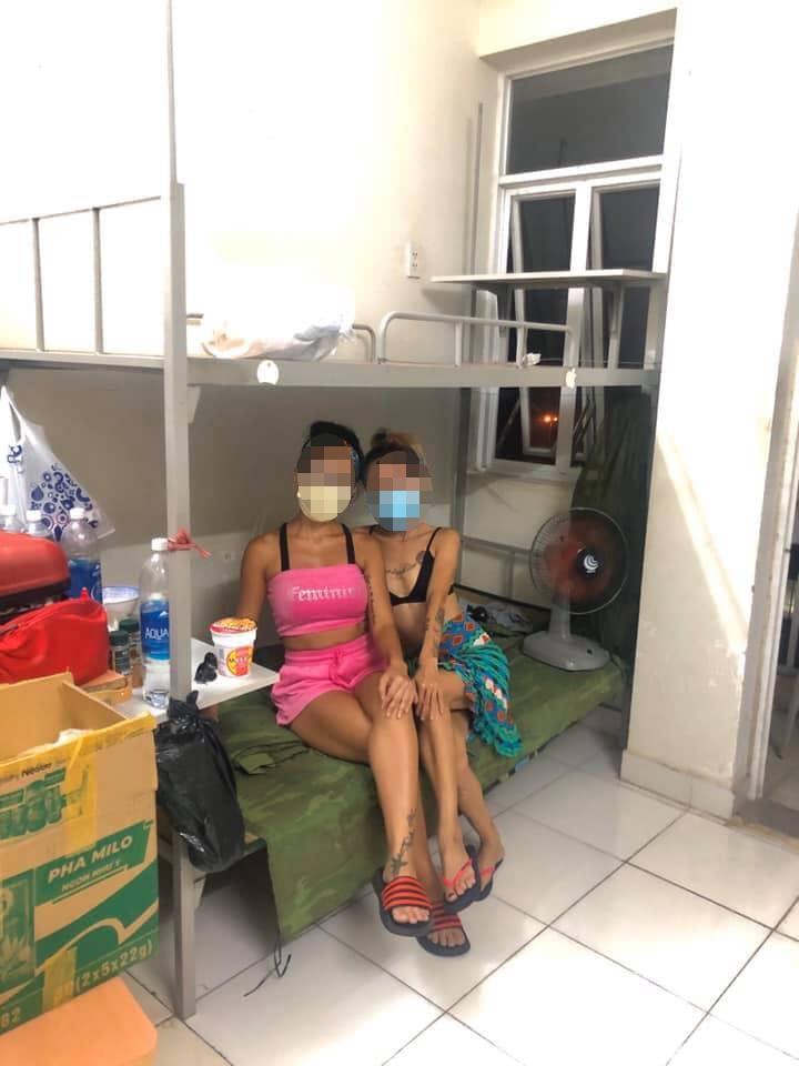 Cô gái bị chỉ trích vì chê khu cách ly bẩn, không có dịch vụ ship đồ