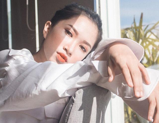 Ve dep cua 10 co gai Hue vao ban ket Hoa khoi Sinh vien Viet Nam 2018 hinh anh 1