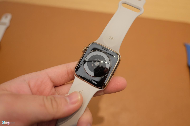 Chi tiet Apple Watch Series 4 - man hinh lon, vien cuc mong hinh anh 6