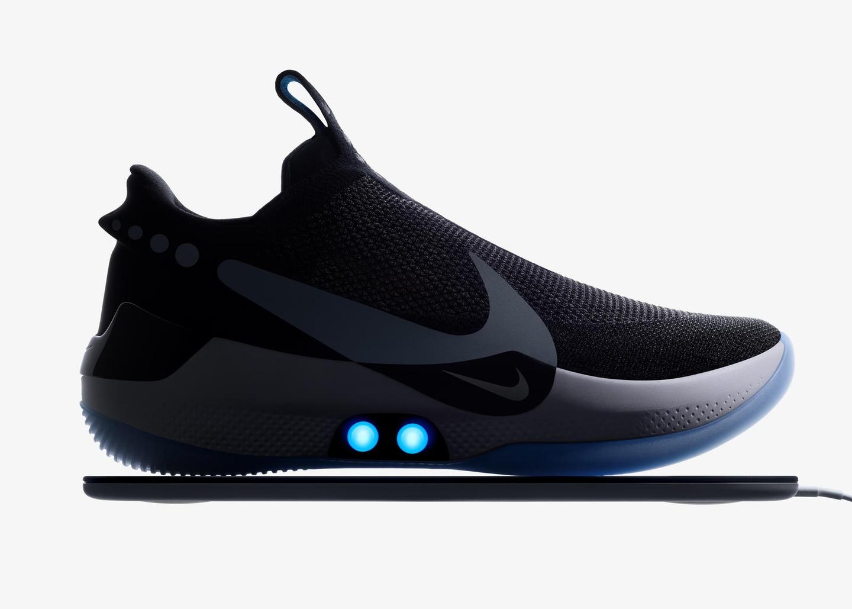 Nike tu that day la doi giay sneakers noi bat nhat thang 2 nam 2019 hinh anh 2