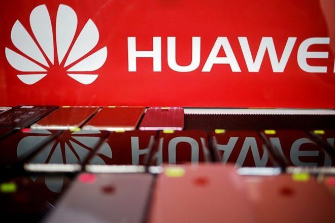 Huawei nằm trong danh sách đen của Mỹ.  Ảnh: Reuters.