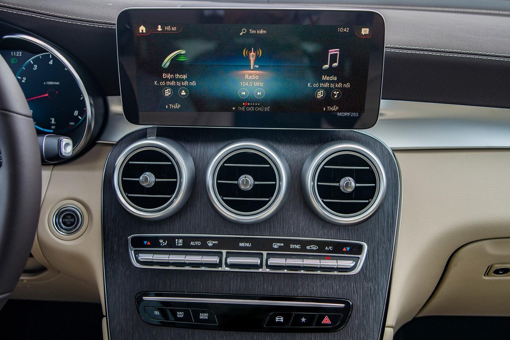Audi Q5 2021 canh tranh Mercedes GLC anh 10