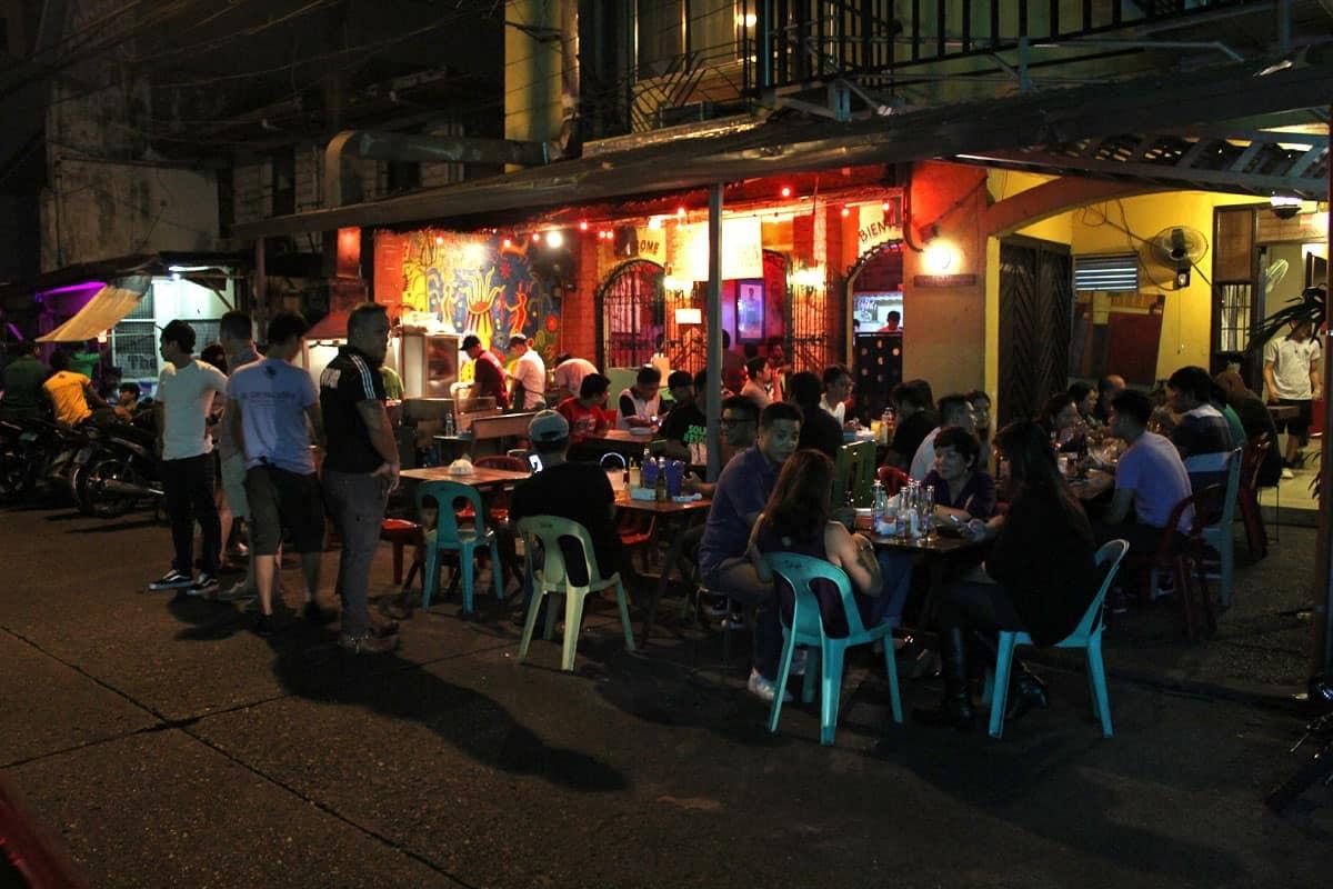 Manila chat vat hoi sinh cuoc song ve dem anh 6