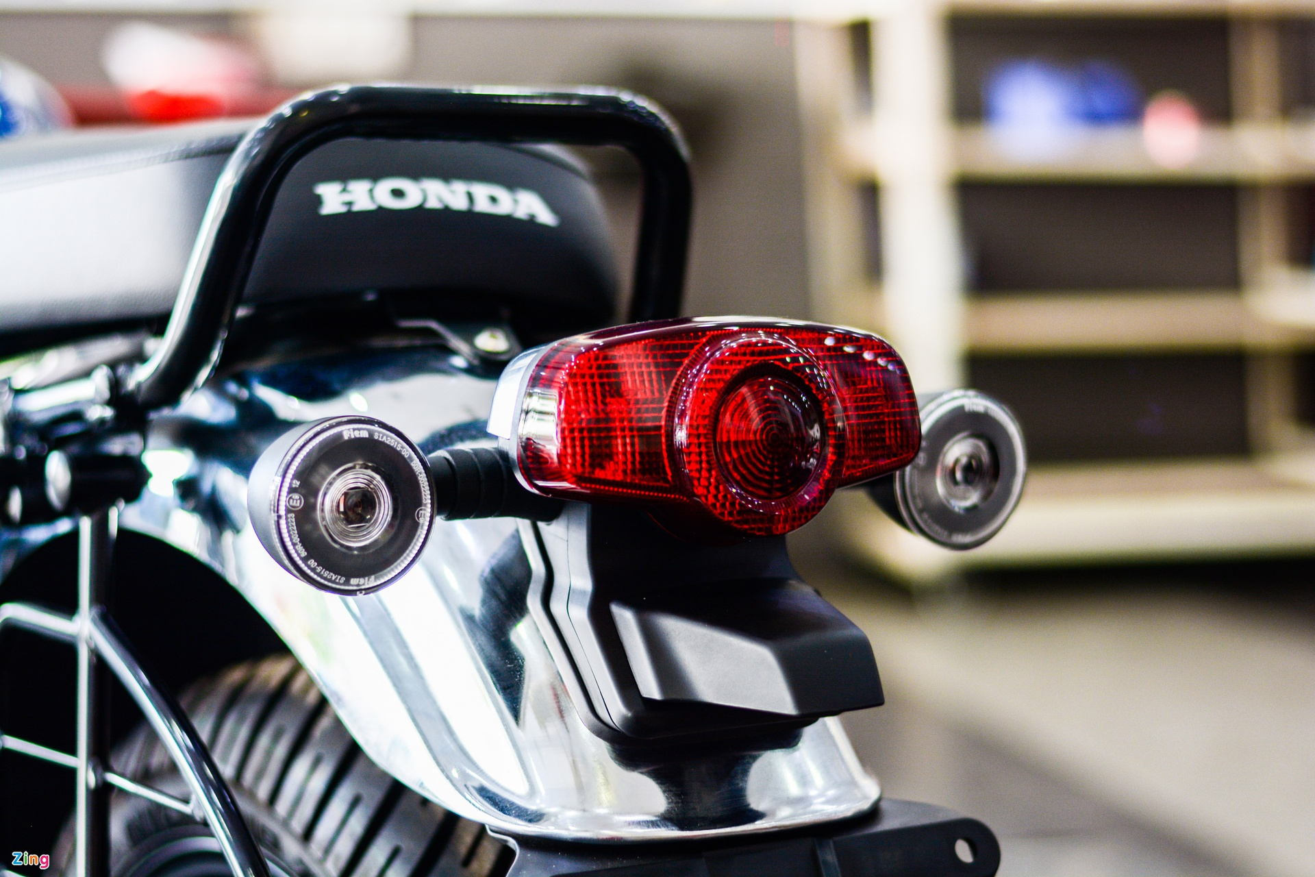 Honda H'ness CB350 DLX Pro xuat hien tai Viet Nam anh 12