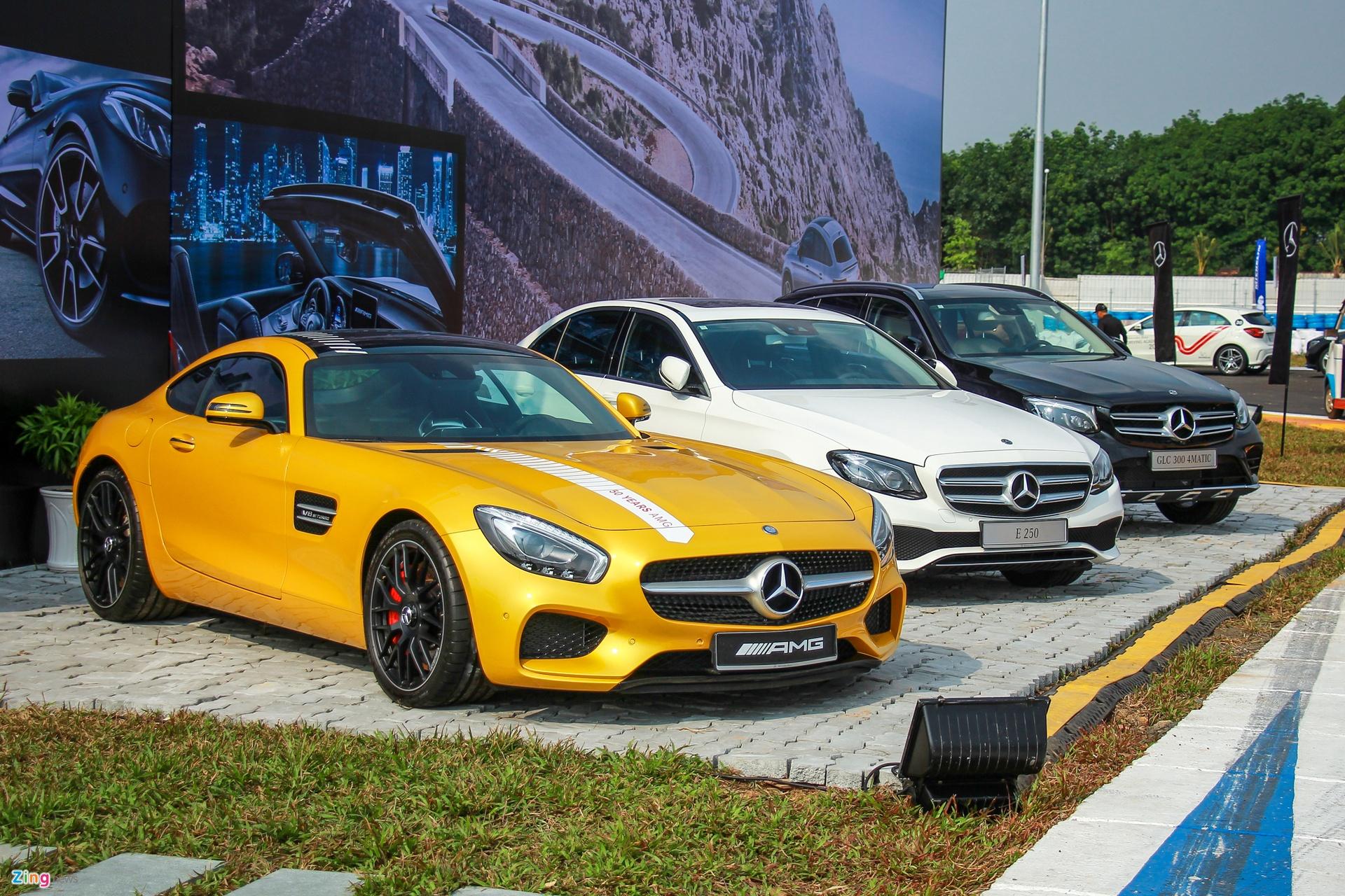 xe sang Mercedes-Benz anh 1